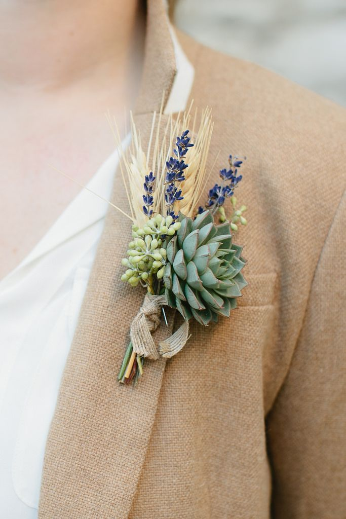 Succulent boutonniere whaaaat. I would actually do boutonnieres if they were like THIS.