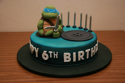 Cake Decor Guernsey Channel Islands : Ninja turtle cake Funky Cakez Pinterest Ninja ...