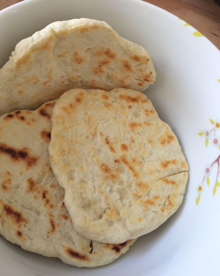 Ich liebe indisches Essen, gerne esse ich auch fertige Currys aus dem Bio-Supermarkt und werte diese mit frischem Gemüse oder Kichererbs...