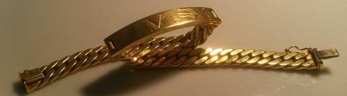 18 kt/750 gouden armband  Mannen armband 750 goud.Lengte: 20 cm.Breedte: 9 mmGewicht: 20.2 gUit een Italiaanse privécollectie.Gravure V S (vostro signore)Kwaliteit Italiaans vakmanschap.Materiaal: 18 kt (750) goudVerzekerde verzendkosten met tracking.  EUR 575.00  Meer informatie