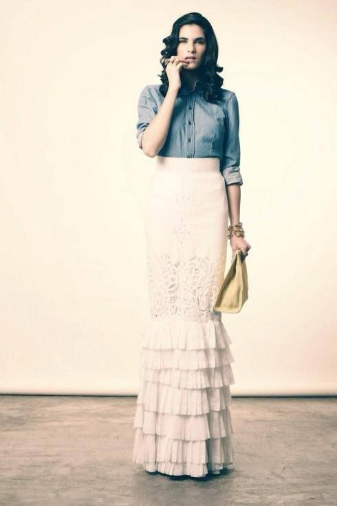 Lace ruffle skirt with denim shirt