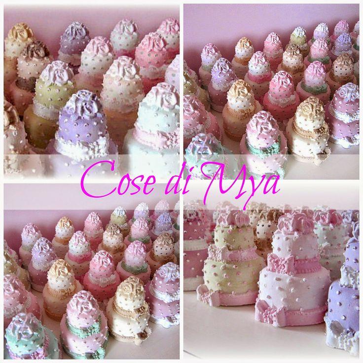 Wedding cakes in gesso profumato e decorato