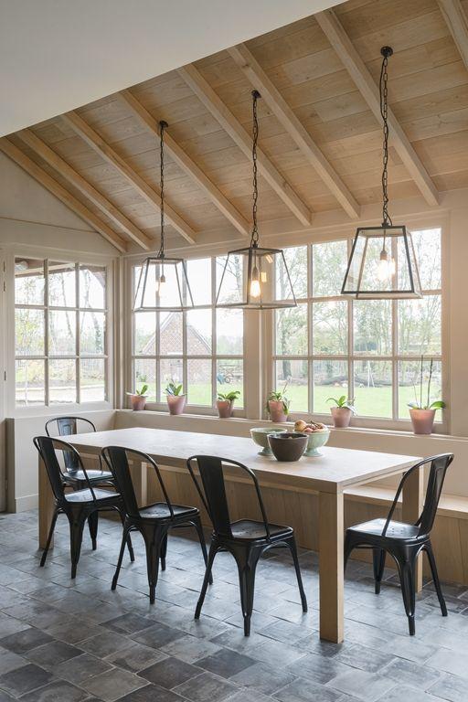 25 beste idee n over landelijke veranda decor op pinterest for Landelijke inrichting huis