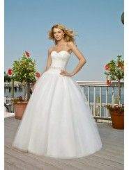 Tulle Sweetheart Ball Gown Wedding Dress