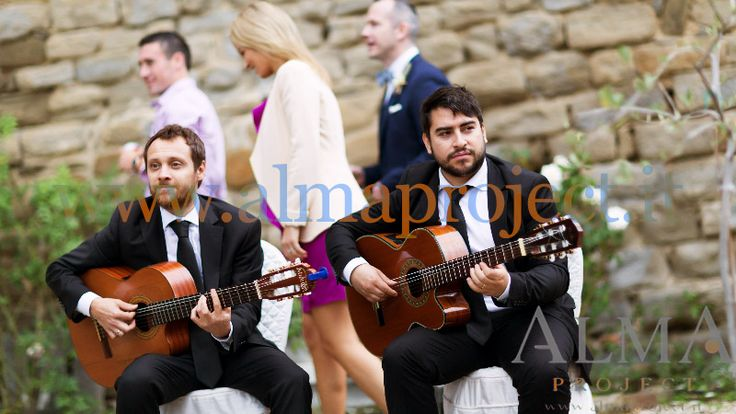 ALMA PROJECT @ Castello di Rosciano - Guitar Duo - garden