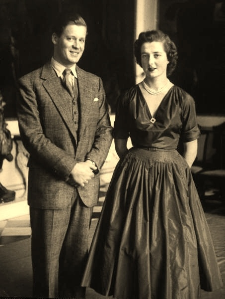 Earl Spencer and the Hon Frances Roche (1954), Diana's parents