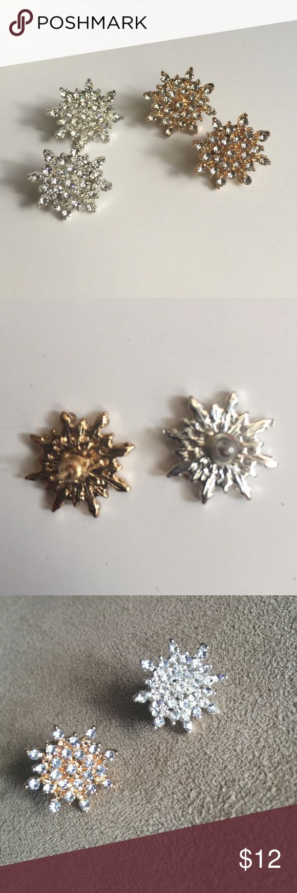 🆕NWOT Sparkly Snowflake Earrings GOLD or SILVER NWOT stunning! Your choice of silver or gold. Price firm unless bundled. Jewelry Earrings