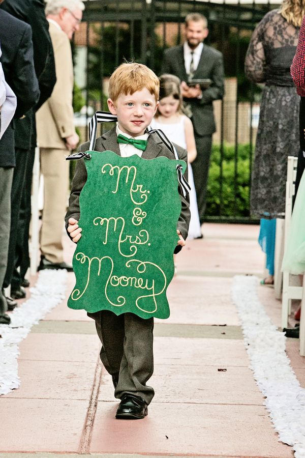 Adorable Mr and Mrs ring bearer sign