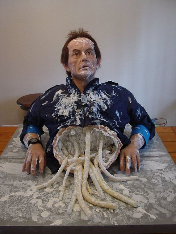 You Can Buy This Gross, Life-Size Statue of Bishop From 'Aliens' for $3,000