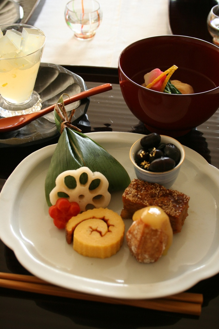 """""""OSECHI"""", food for new year"""