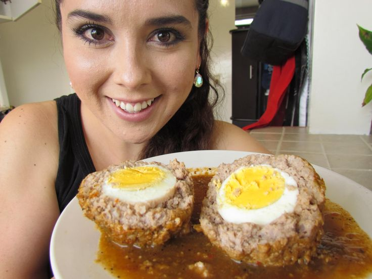 ALBONDIGAS RELLENAS DE HUEVO Meatball filled with egg (Video Recipe in Spanish)