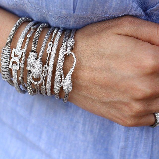 Tak takıştır. #khailo #khailocom #khailosilver #silver #gümüş #kadın #takı #moda #akseusar #nice #good #finejewelry #takıtutkusu #styling #stil