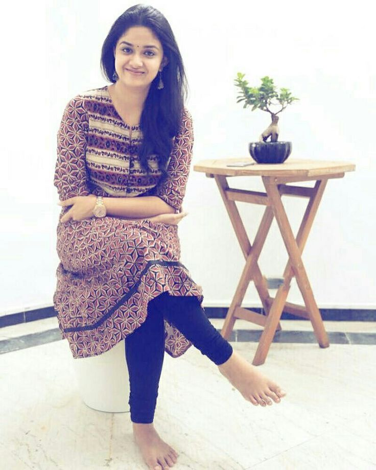 Keerthi most beautiful homely South Indian Girl