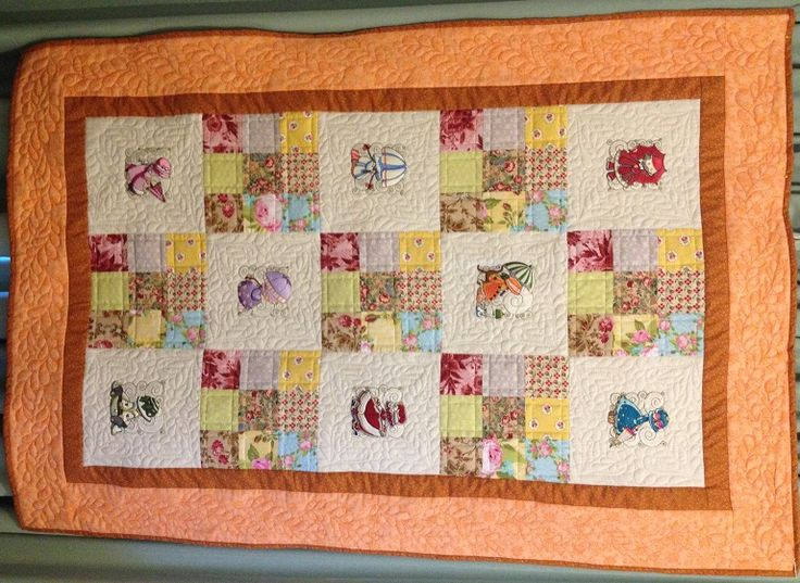 Winter Sunbonnet Childrens' or Baby Quilt For sale on www.catchacreation.com.au. Shop - Green Gable Quilts $185.00