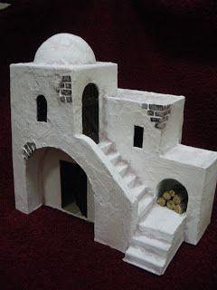 He fabricado varios modelos diferentes de casitas para belenes, totalmente artesanales. Para su elaboración he usado cartón, yeso, madera y ...