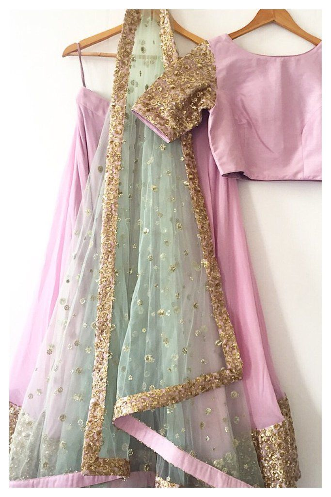 The Mastaani Lehenga Set