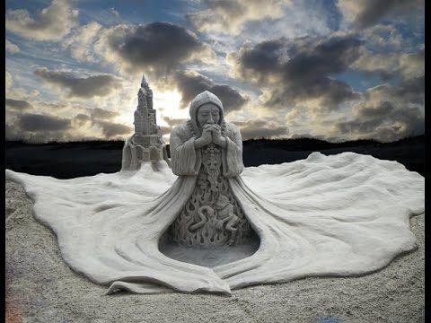 Самые красивые скульптуры из песка.