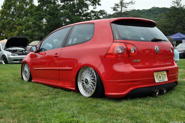 Red VW R32