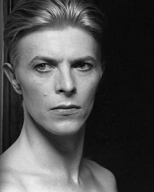 David Bowie, 1976. By Helmut Newton. #DavidBowie - ♡ VALENTINES OFFER: https://goachi.leadpages.co/valentinesday/