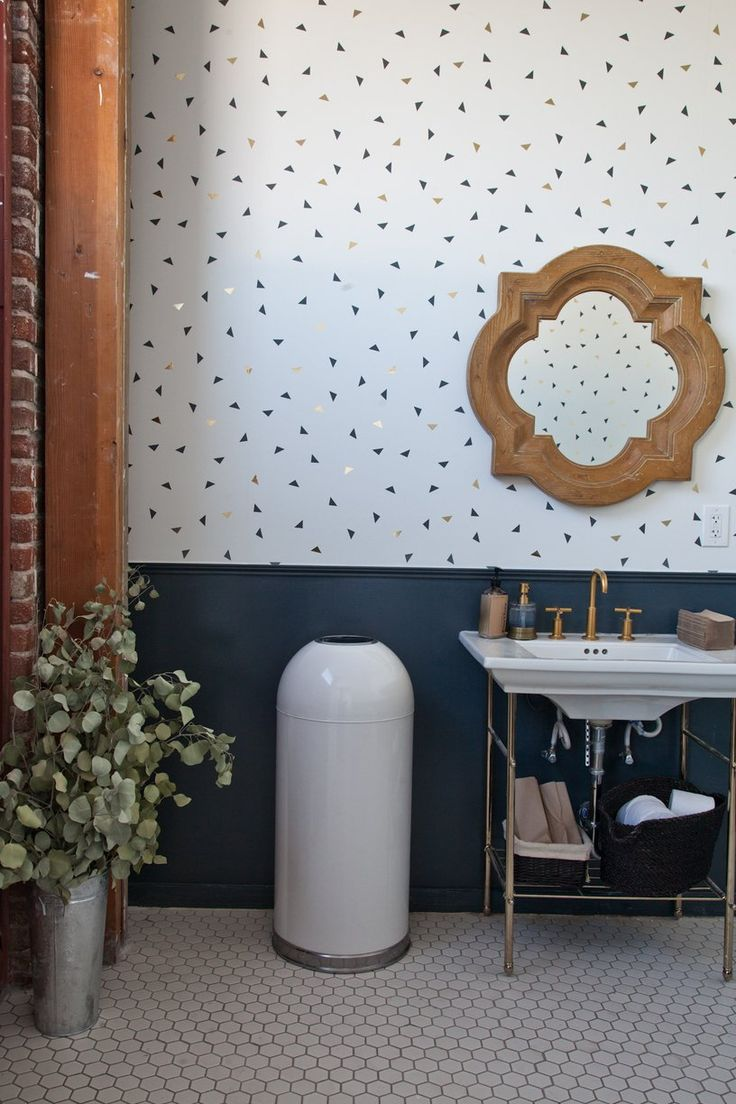 Wallpaper love ! blue and gold little triangles graphic... via @blogscrush