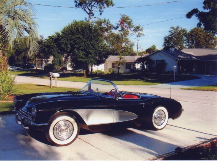 1957 Chevrolet Corvette Convertible  / Hemmings Motor News