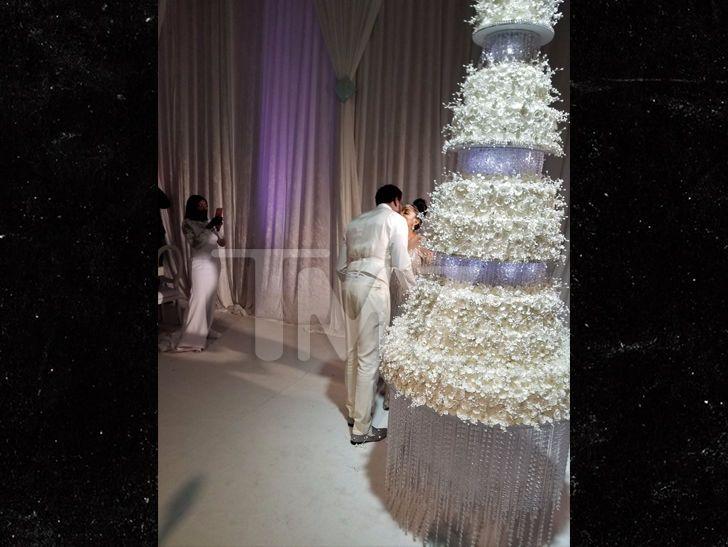 Gucci Mane and Keyshia's Wedding Cake Cost $75k, Took Months to Plan | TMZ.com