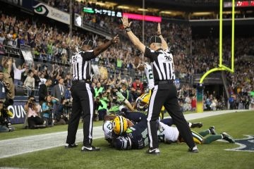 Packers-Seahawks call causes backlash over NFL's replacement refs.   The Packers' Monday night loss over a controversial call has brought anger over the NFL's referee lockout front-and-center.