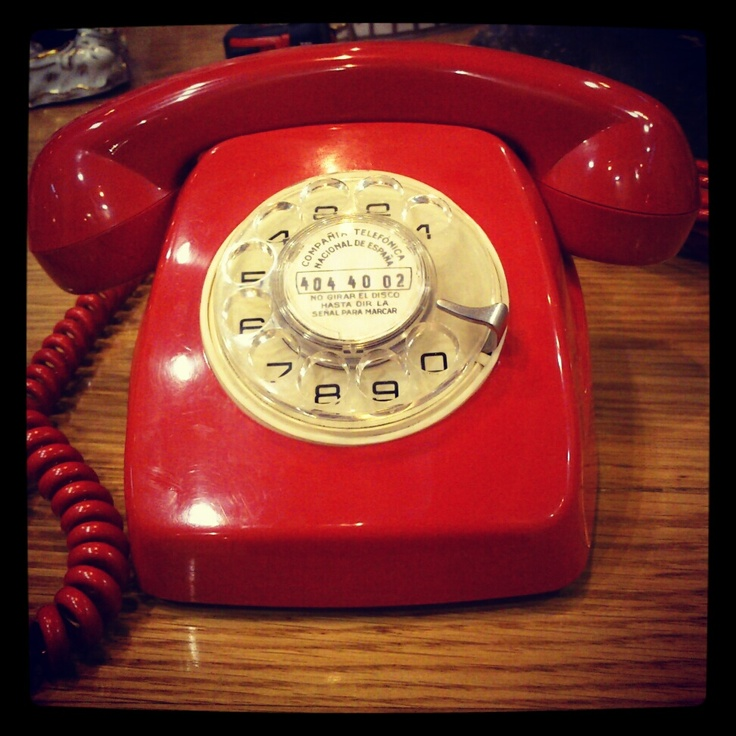 red telephone 70's