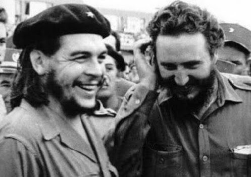 Che Guevara and Fidel Castro sharing a joke
