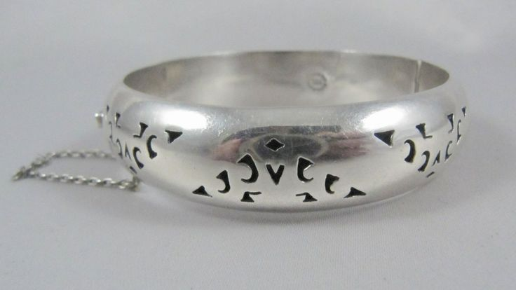 Vintage Mexican Sterling Silver Shadow Box Hinged Cuff Bracelet or Bangle.
