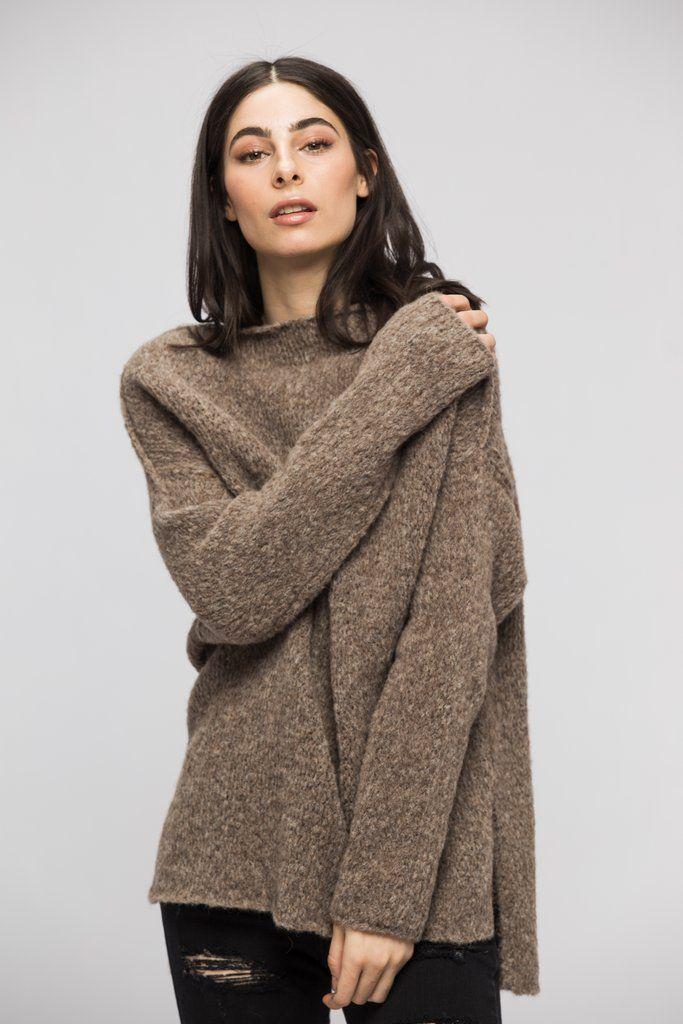 1bfc7c3f8 Slouchy oversized knit women sweater