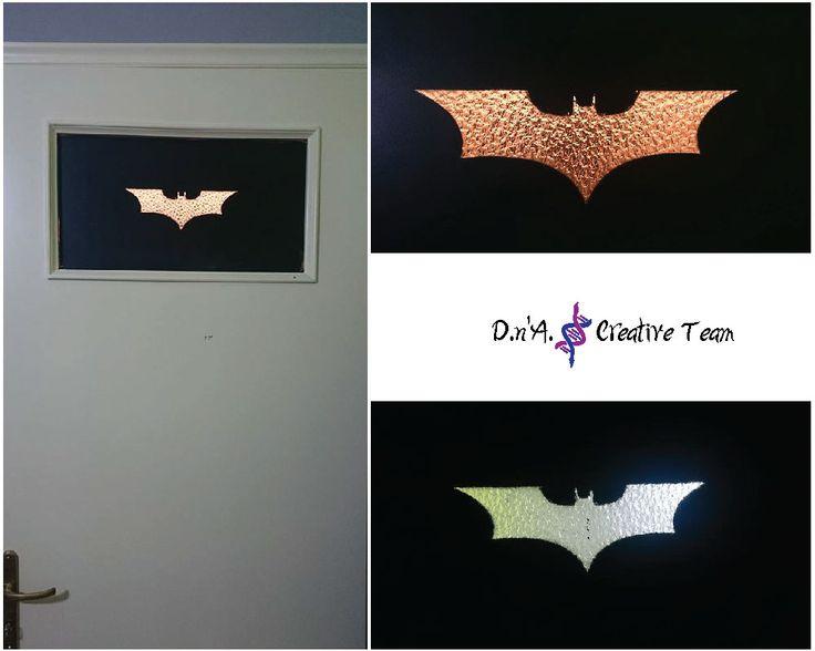 -Batman logo stencil  -Spray