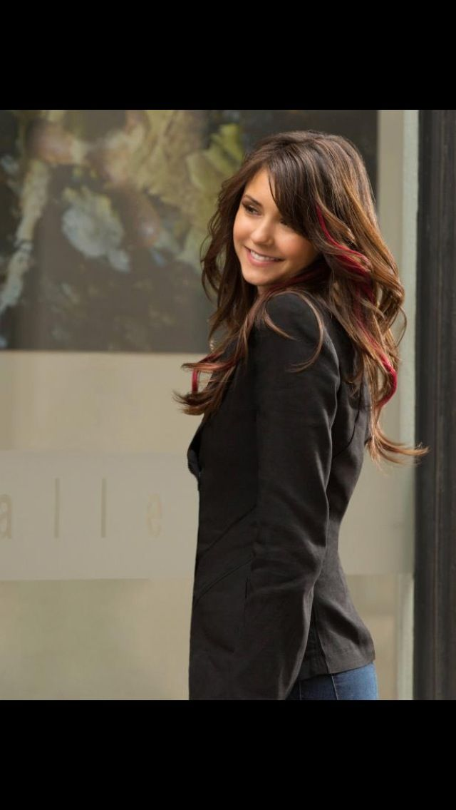 dark brown hair with the bright red highlights | Beauty ...