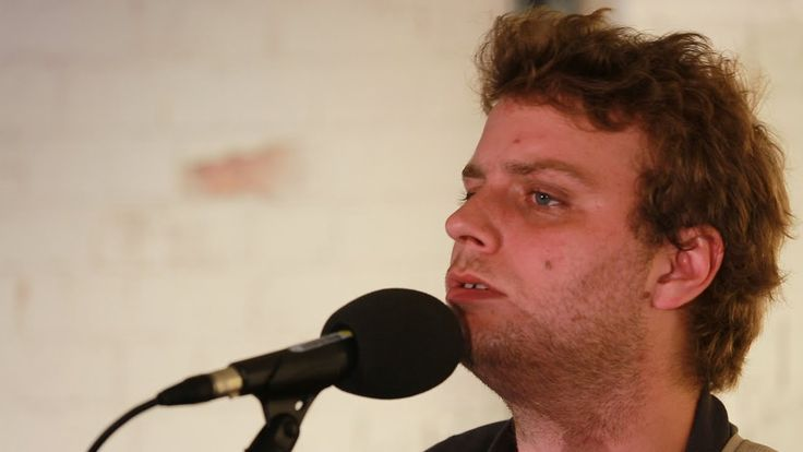 Mac Demarco - This Old Dog (6 Music Live Room Session)