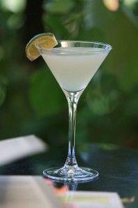 Il daiquiri è uno dei cocktail alcolici più famosi al mondo ed era adorato persino dallo scrittore Ernest Hemingway.