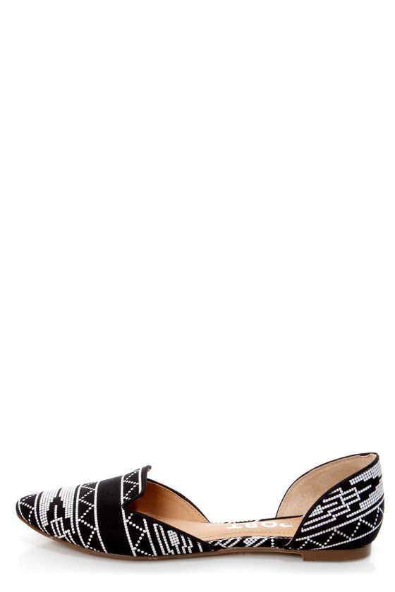 Report Jezzica Black and White Print D'Orsay Pointed Flats - $35