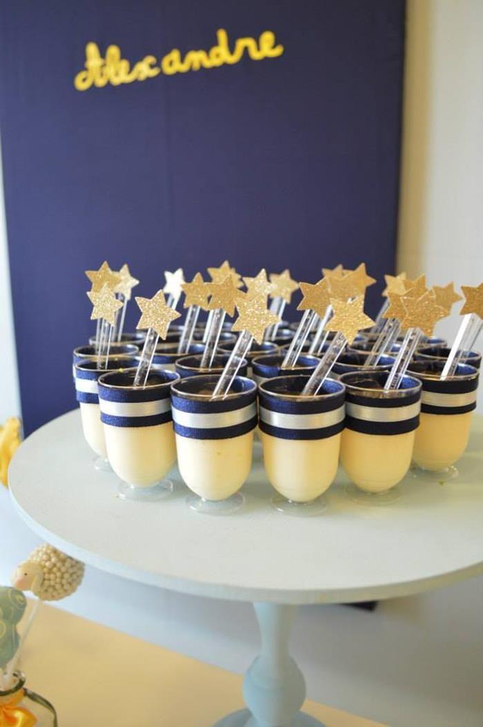 Pequeno Príncipe Partido com Tantas ideias bonitos atraves de Ideias do Partido de Kara KarasPartyIdeas.com # # # PrinceParty PartyIdeas Fon ...
