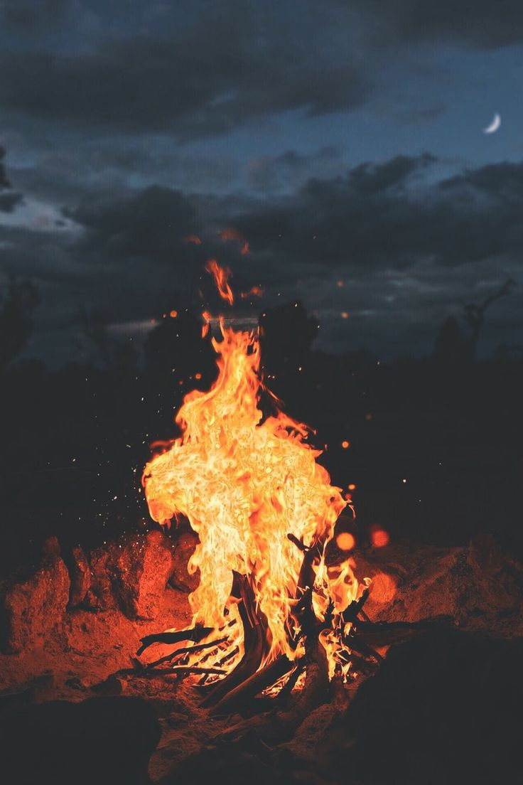 """Campfire Nights"" by James Relf-Dyer [Source: Desvre @ tumblr] -- #Campfires #Night #Fire"