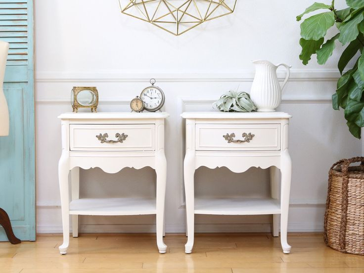 White Nightstand Side Table: Best 25+ White Nightstand Ideas On Pinterest