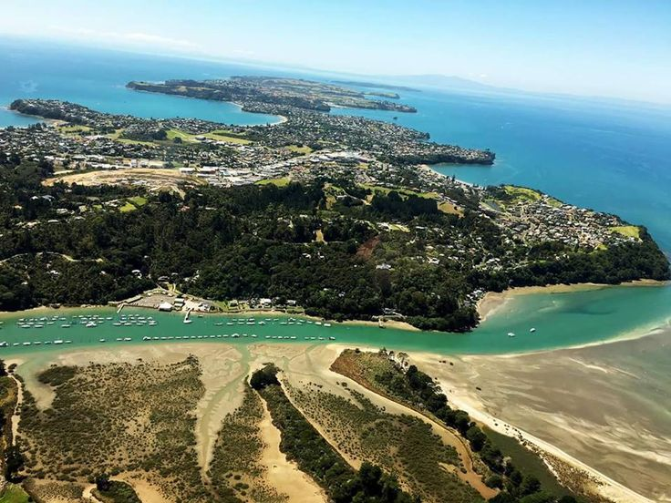Fantastic photo of the Whangaparaoa Peninsular disappearing into the distance.