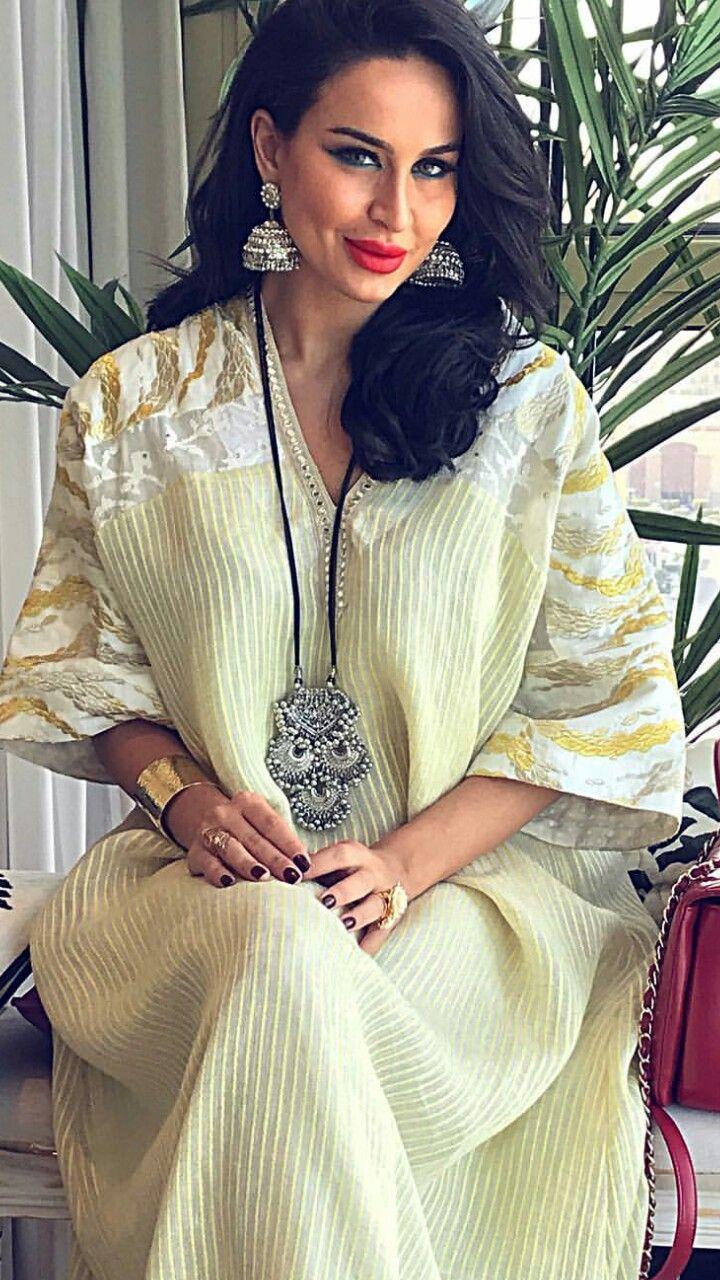 جلابيات كويتيه East Fashion Abaya Fashion Fashion Dresses