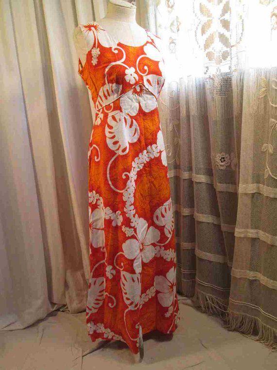 1970s orangewhite floral Hawaiian dress