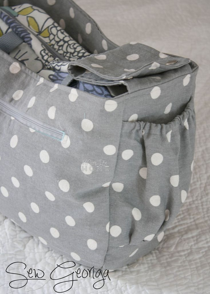 One of our most popular posts lately has been the Stroller-Friendly Diaper Bag  tutorial. You guys have been loving it for the same reasons ...