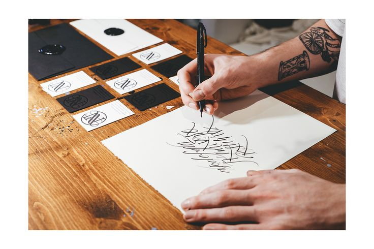 "Dai un'occhiata al mio progetto @Behance: ""Nick Visioli - Calligrapher"" https://www.behance.net/gallery/46337587/Nick-Visioli-Calligrapher"