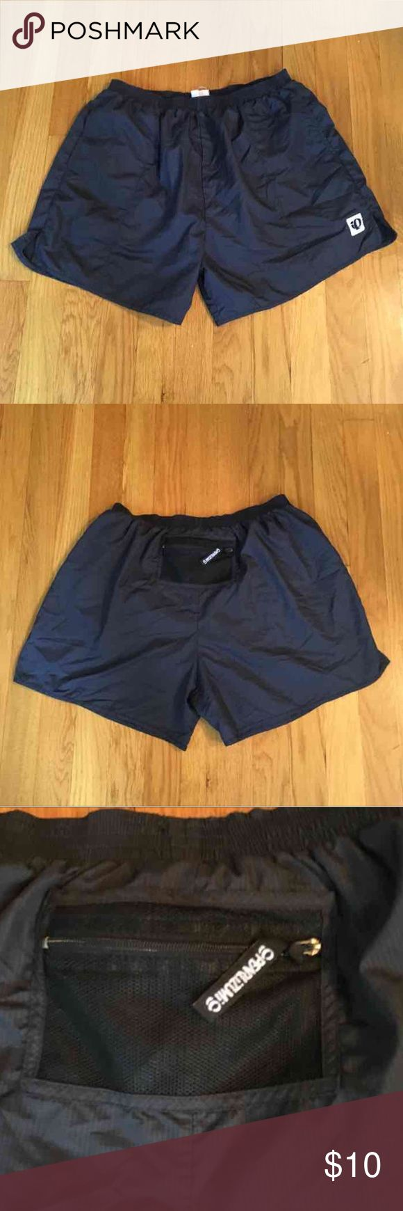 Pearl Izumi Lined Training Shorts Women's Training Shorts.   Pearl Izumi.   Black.   Medium.   In good condition. No rips holes or stains. Pearl Izumi Shorts