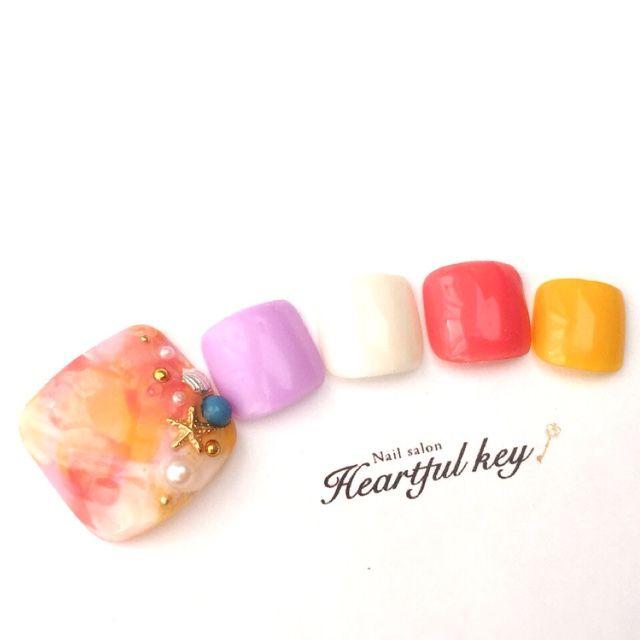 ネイル 画像 Nailsalon Heartful key 用賀 1053697 カラフル タイダイ 夏 ソフトジェル フット