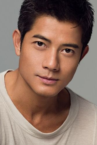 Recently saw this man in concert, and at 47, Aaron Kwok still looks and moves like a 20-something. Wow!