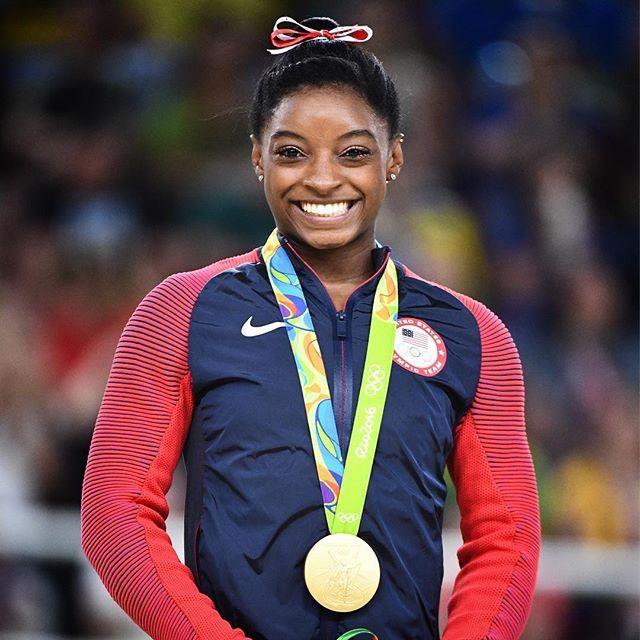 @simonebiles named AP Female Athlete of the Year! ♀️