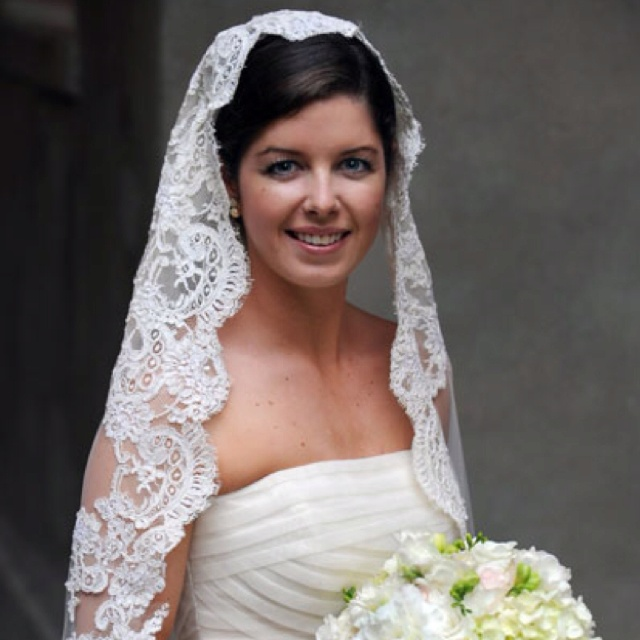 Spanish veil with lace | When I fall in love it will be ...