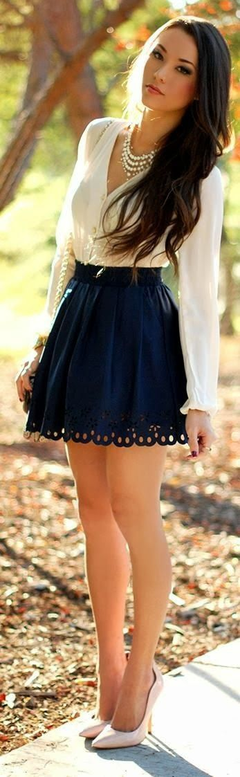 Hollow out beautiful skirt ,comfy blouse and cute pumps #highheelsforteens